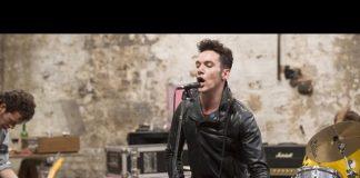 Jonathan Rhys Meyers (The Clash) w energetycznym filmie o młodości, buncie i muzyce