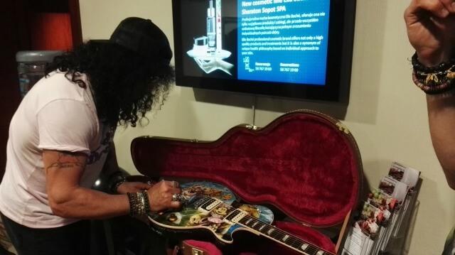 Slash z Guns N' Roses i Szymon Chwalisz razem dla WOŚP
