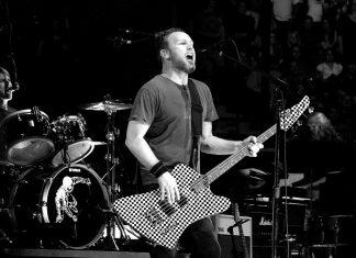 Basista Pearl Jam, Jeff Ament o Chrisie Cornellu