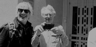 Muzyk Sonic Youth (Lee Ranaldo) z pomocą Sharon Van Etten