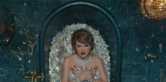 Kosztowna kąpiel Taylor Swift? Brylanty, cyrkonie, dolary z sejfu (WIDEO)
