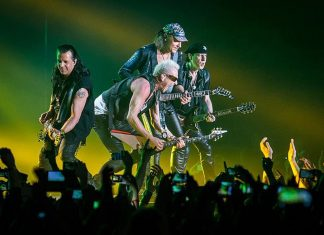 Scorpions: Czas na Dee Attack!