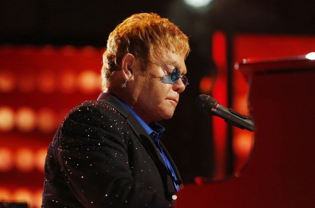 Elton John o samobójstwach muzyków: Chester Bennington, Chris Cornell