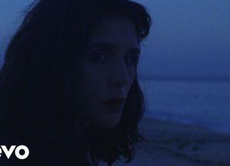 """Jessie Ware nocą na Majorce (zobacz wideo """"Midnight"""")"""