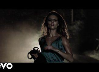 Kobieta w niebezpieczeństwie i tajemnicza kaseta w teledysku The Killers