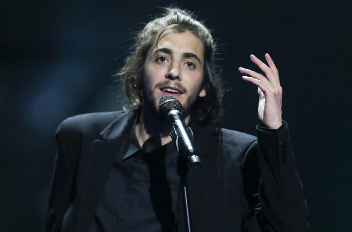 Zwycięzca Eurowizji, Salvador Sobral, czeka na przeszczep