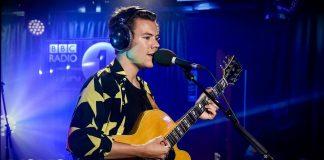 Harry Styles śpiewa przebój Fleetwood Mac (WIDEO)