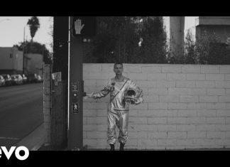 """Depeche Mode opublikował nowy teledysk """"Cover Me"""""""