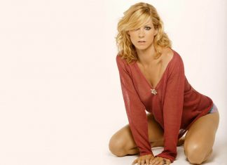 "Jenna Elfman w serialu ""Fear the Walking Dead"""