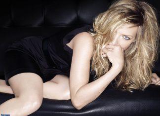 """Michelle Pfeiffer zawstydzona, że pojawia się w """"Uptown Funk"""""""
