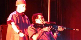 """Marilyn Manson tłumaczy się ze """"strzelania"""" do publiczności"""