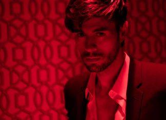 Enrique Iglesias ma swoje Despacito! Zobacz gorący klip El Bano