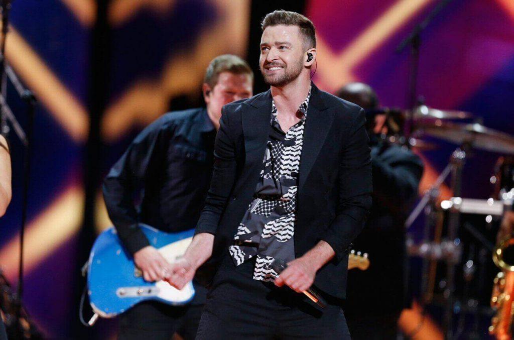 Justin Timberlake: VIP-owscy fani w barze na scenie podczas koncertów!