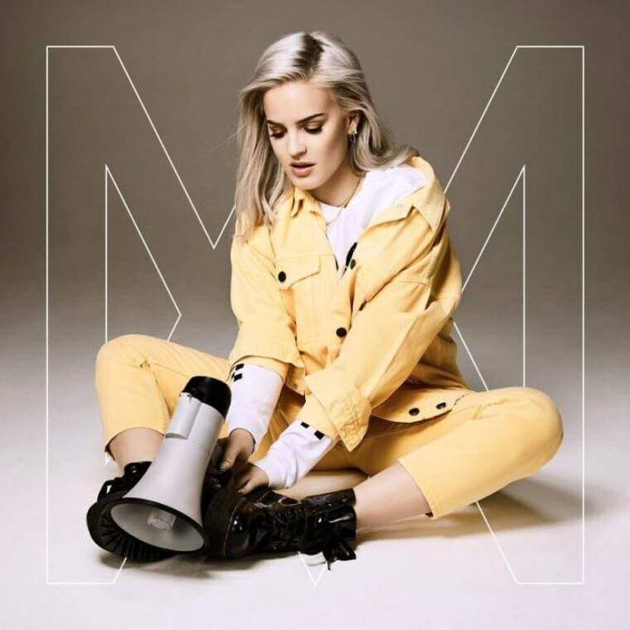 Nowy album Anne-Marie już dostępny w przedsprzedaży!