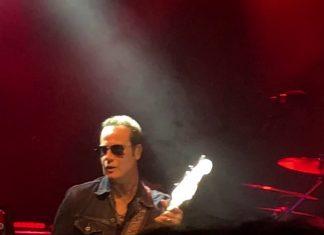 Johnny Depp koncertuje ze Stone Temple Pilots