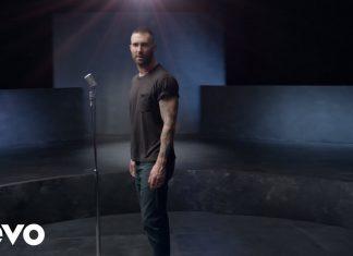 """Maroon 5 i Cardi B z gwiazdami w teledysku """"Girls Like You"""""""