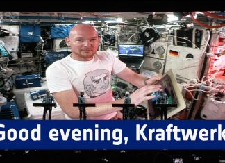 Kosmiczny koncert Kraftwerk (WIDEO)