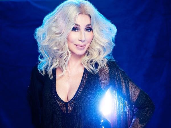Abba Cher powraca w wielkim stylu! (posłuchaj w całości Gimme! Gimme! Gimme!)
