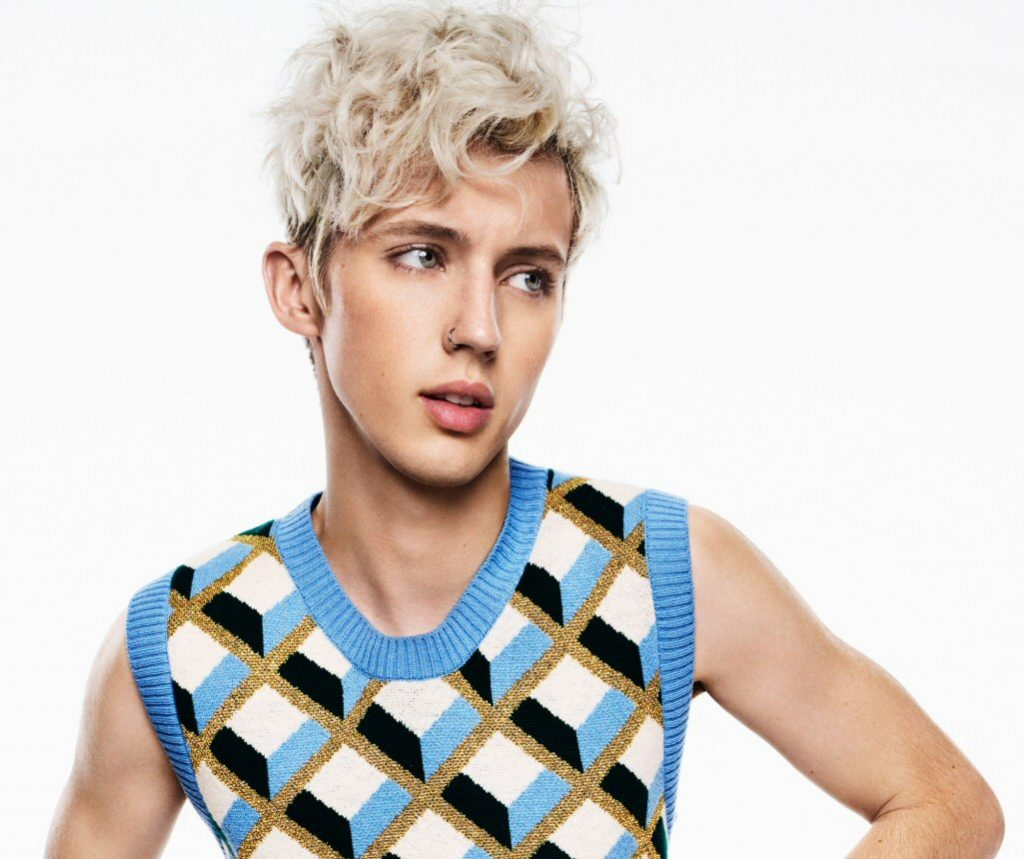 """Troye Sivan rozkwita na """"Bloom"""". Rewelacyjne recenzje krążka"""