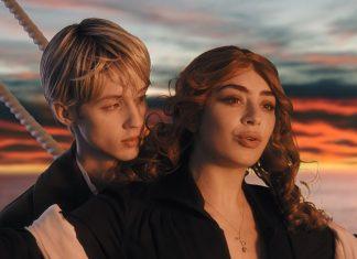 Charli XCX i Troye Sivan na Titanicu jak Kate Winslet i Leonardo DiCaprio