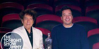 Bob Dylan pije whiskey w cyrku (WIDEO)