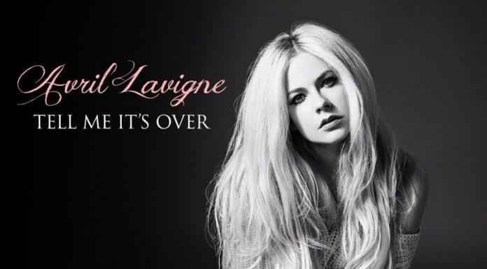 "Avril Lavigne opublikowała teledysk do piosenki ""Tell Me It's Over""."
