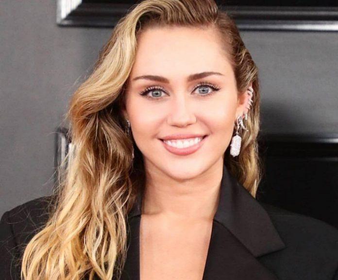 Miley Cyrus przyćmiła wszystkich na premierze filmu
