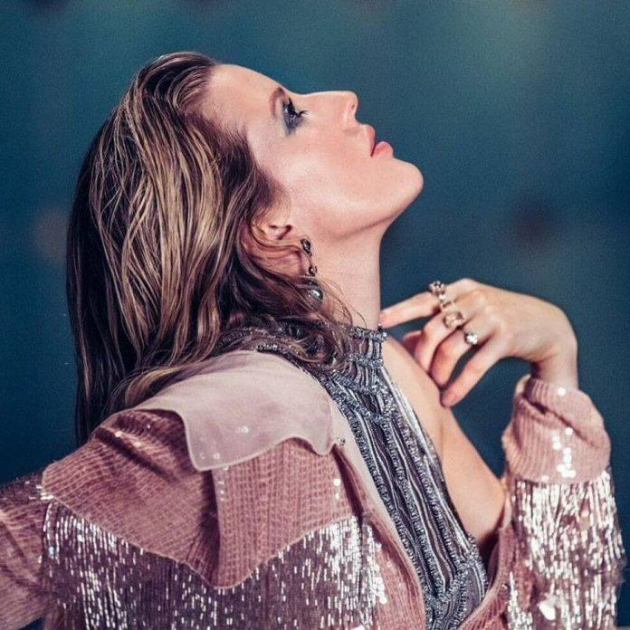 wokal Ellie Goulding łączy się ze zwrotkami Swae Lee i niepodrabialną, przebojową produkcją Diplo