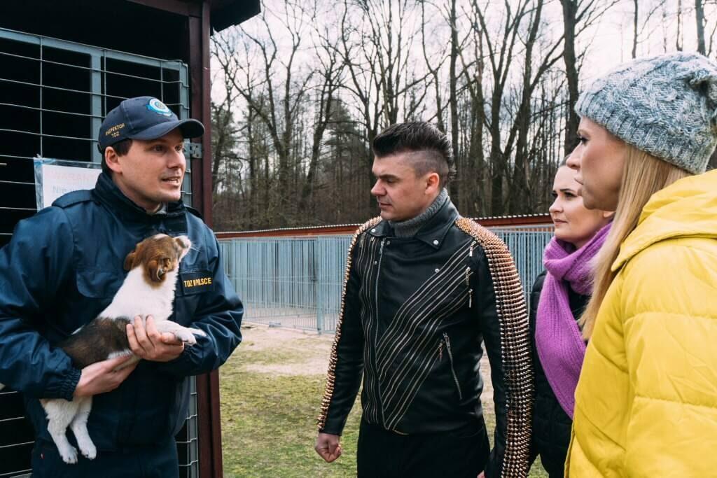 Gwiazda disco polo w schronisku