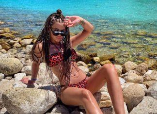 Honorata Skarbek na Ibizie! Kusi w stroju kąpielowym (FOTO)