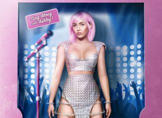 Miley Cyrus znów prowokuje! Tym razem owocami (WIDEO)