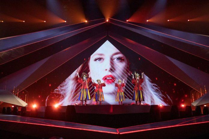 Eurowizja 2019: Tulia wystąpi w kosmicznych strojach! (WIDEO)