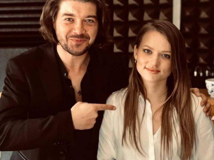 Pectus i Kasia Popowska w piosence