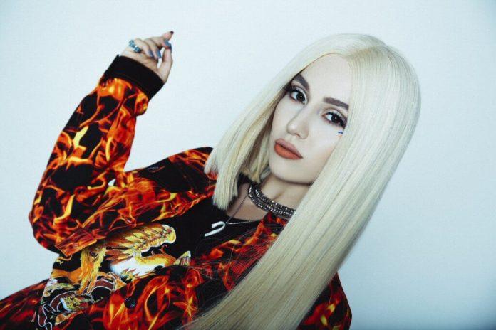 Ava Max jak Madonna? Sprawdź co łączy jej nowy, taneczny przebój