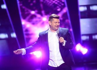 Zenon Martyniuk: Mam duszę romantyka i śpiewam bardzo dużo piosenek o miłości. Lubię rockowe brzmienie typu...