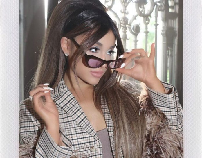 Ariana Grande z Jimem Carreyem w serialu