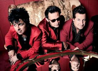 "Green Day prezentuje singiel ""Father Of All…"""