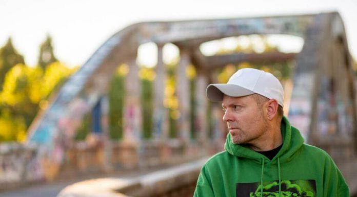 """DJ Shadow z podwójnym albumem """"Our Pathetic Age"""""""
