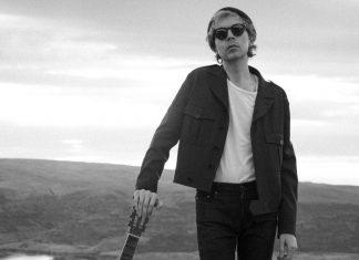 "Beck ogłasza premierę ""Hyperspace"""
