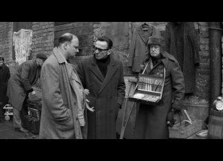 Jan Nowicki sprzedaje szczoteczki do zębów (WIDEO)