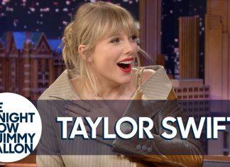 Prawie ślepa Taylor Swift je banana (WIDEO)