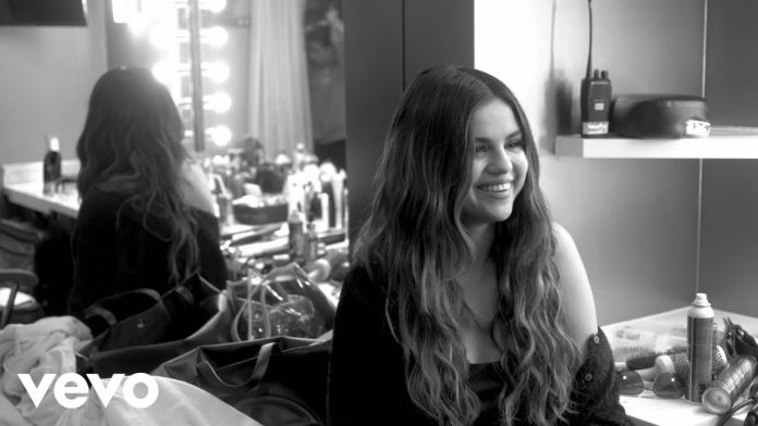 Selena Gomez nagrana telefonem (WIDEO)