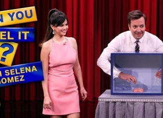 Selena Gomez dotyka obrzydliwych rzeczy i PRZEKLINA w telewizji (WIDEO)