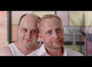 Mayday: Adam Woronowicz całuje Piotra Adamczyka (WIDEO)