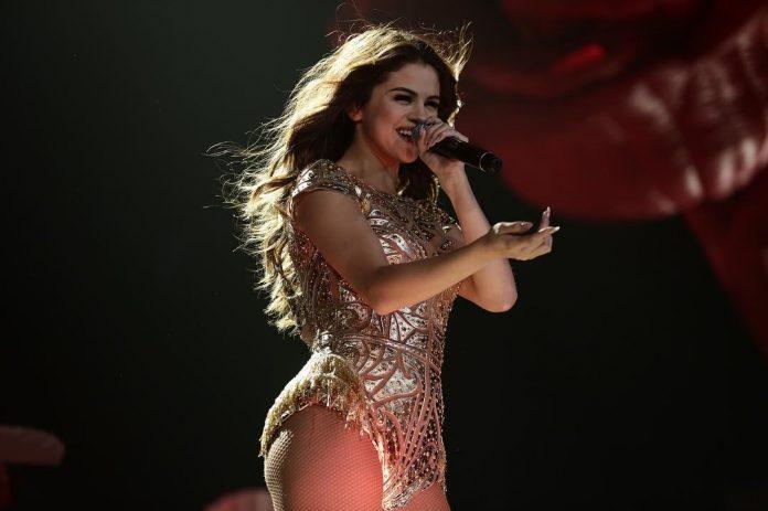 Selena Gomez spełniła życzenie fanów. Zaskoczyła ich?