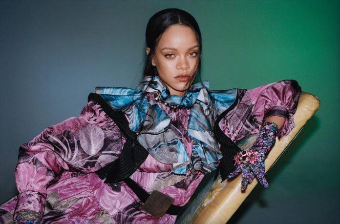 Rihanna w prześwitującej bieliźnie i nowej fryzurze. Niezwykła metamorfoza! (FOTO)