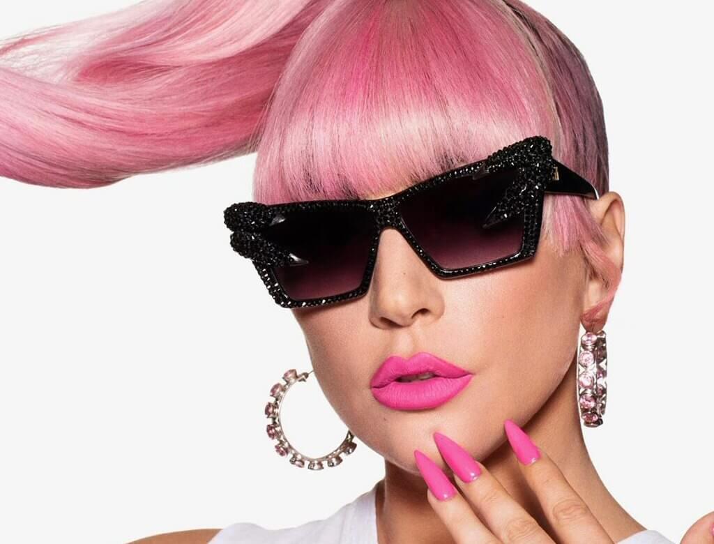 Lady Gaga mówi o GŁUPIEJ MIŁOŚCI. Gwiazda zaskoczyła fanów!