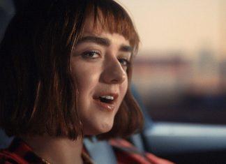 """Maisie Williams z """"Gry o tron"""" śpiewa """"Let It Go"""" (WIDEO)"""