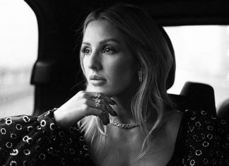 Ellie Goulding pozuje TOPLESS: Czuje się jak totalny bałagan
